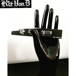 🌟 FREE Add On Item - New Kat Von D Metal Crush